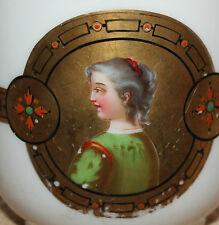ancienne tasse en porcelaine de paris ?