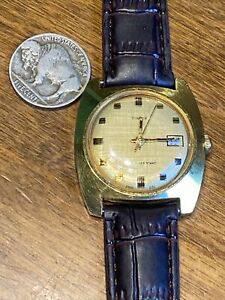 VTG TIMEX Mens GoldTone Mechanical Wind Up Watch RETRO 50's 60's UNIQUE ACCURATE