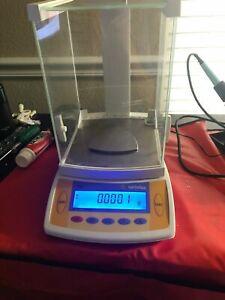 Sartorius CP64 Analytic Laboratory Balance Scale