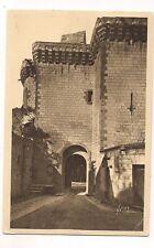 chateau de loches ,la grande porte de l'enceinte