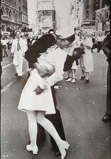 KISSING THE WAR GOODBYE Poster ~ Sailor's Kiss Full Size B&W 24x36~ Times Square