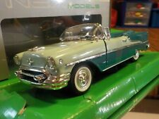 Welly - 1955 Olds Super 88 Convertible - 1/24 Scale  - TuTone Green - New
