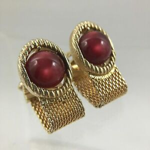 Red Moonstone Lucite Cufflinks Gold Tone Wrap Around Mesh Maroon Vintage C1