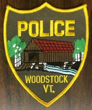 P419   WOODSTOCK,  VT.    POLICE DEPARTMENT   PATCH