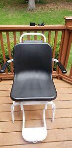 Mint Healthometer 594KL 600 lb/270 kg Capacity Digital Chair Scale W/ AC Adapter
