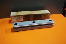 NSK LH SERIES LINEAR RAIL GUIDE L1H650350A-01Z NEW