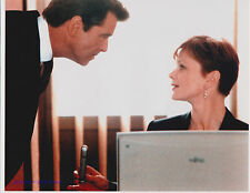 JAMES BOND PIERCE BROSNAN SAMANTHA BOND THE WORLD IS NOT ENOUGH GREAT 8X10
