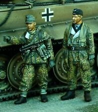 1/35 World War II German Soldiers Ardennes Resin Model Kit (2 Figures)