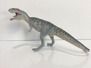 """Safari Ltd Carnegie Giganotosaurus  2007 ~ 5 1/2 """" Tall and 11"""" Long"""