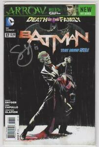 Batman #17  New 52 Signed Scott Synder COA  DC Comics 2011 VF+ 8.5