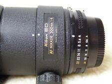 Nikon ED AF Nikkor 300mm f4 Ai-s Nikon FULL FRAME F-mount. + case + hoya 82mm
