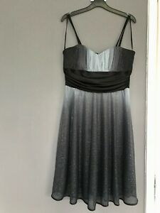 NEW…Absolutely Gorgeous Dress of R&M Richards of Macy's  New York. Size 10  M