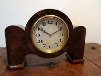 Antique Fabrique d'Horlogerie de Fontainemelon FHF Swiss Mahogany Mantel Clock
