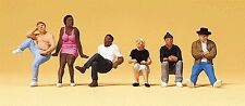 Preiser 10474 HO Scale Pedestrians - People Sitting on Stairs (6)