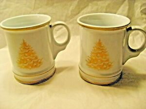 Lot of 2 Williams Sonoma Plymouth Gold Monogram Christmas Tree Large Coffee Mugs