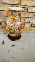 BEAUTIFUL ANTIQUE JAPANESE SATSUMA HAND PAINTED ON 24K GOLD HUGE URN VASE 15inch