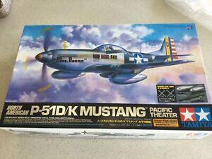 Tamiya 60323 1/32 North American P-51D/K Mustang - Pacific Theatre Plastic Model