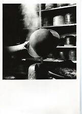photographie la fabrication de chapeau forme moule à Chapeaux melon vers 1990