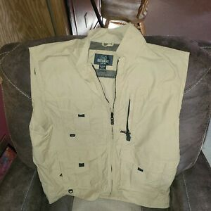 RedHead Fishing,hunting,outdoor Vest Tan Lota Of Pockets Pre-owned Lightlyworn