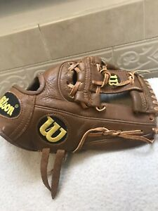 "Wilson A777 11.5"" Youth Baseball Softball Glove Right Hand Throw"