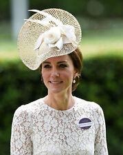Catherine, Duchess of Cambridge UNSIGNED photo - H5808