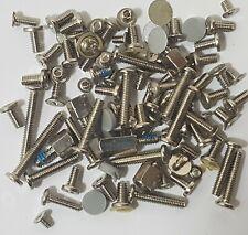 Screws Schrauben und Kleinteile aus Notebook Medion MD6200