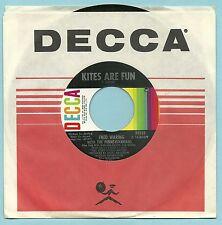 FRED WARING, KITES ARE FUN b/w THE BIG MAN 1968 ORIGINAL DECCA 45 RPM, NEAR MINT