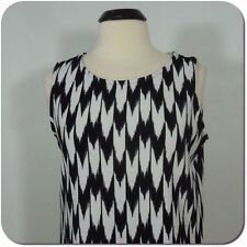 GREEN ENVELOPE Los Angeles Woman's Black/White Sleeveless Top, size M