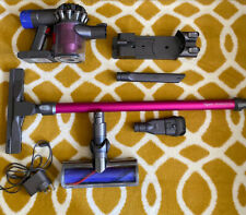 Dyson V6 Absolute cordless vacuum cleaner VGC.
