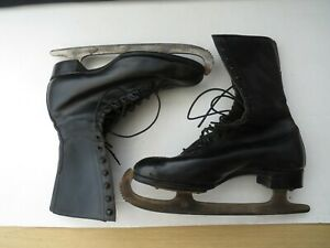 Vintage Women's Mitchell Black Leather Ice Skating Boots Size 5