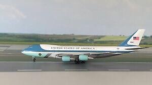 "Boeing 747-200 USAF ""Air Force One"" 1:500 Herpa Wings mit Box"