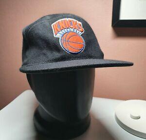 Mitchell & Ness New York Knicks Mens Wool Snapback Cap Hat One Size