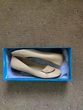 NEET Zapatos De Marca Nuevo en Caja.