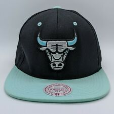 MITCHELL & NESS Chicago Bulls NBA Embroidered Logo Hat Snapback Cap Black Teal