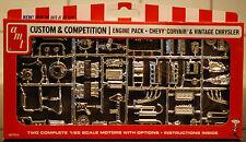 Engine Pack 1969 Chevrolet Corvair & Vintage Chrysler 1:25, AMT 010
