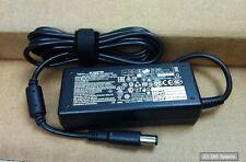 Original Dell TN800 Netzteil, 65W, 19.5V, 2-pin für Inspiron, Latitude, Vostro