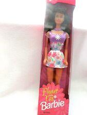 Flower Fun Barbie Vintage Doll, 16065 ~Dress, earrings, shoes Brunette ~ 1996