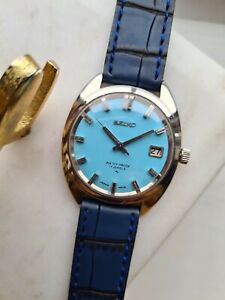 VINTAGE 1968 BLUE SEIKO MANUAL WIND WATCH 66-8040