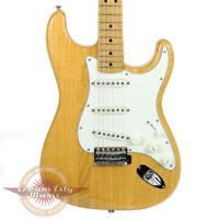 VINTAGE 1974 FENDER STRATOCASTER STRAT ELECTRIC GUITAR NATURAL FINISH