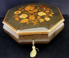 RARE 1950s SORRENTO  INLAID OCTAGONAL SWISS MOVEMENT MUSICAL JEWELLERY BOX