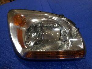 2005-2008 Kia Sportage Head Light Head Lamp Right Passenger OEM