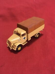 1/72 WW2 German Luftwaffe Opel Blitz. Over 600 Scale 1/72 Military Models On Off