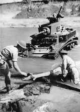 WW2  Photo Australian M3 Stuart Tank Australia WWII World War Two ANZAC