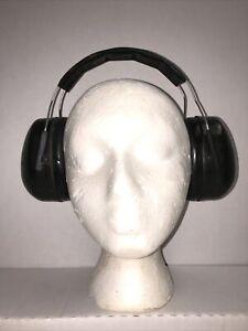 Vtg 3M Peltor Junior Passive Hearing Protector, NRR: 22dB, Black Earmuff #97070