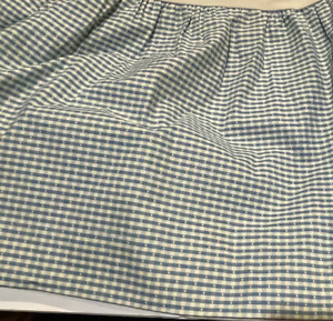 """COUNTRY CURTAINS Queen Size Bedskirt Dust Ruffle Blue & White Check 15"""" Drop"""