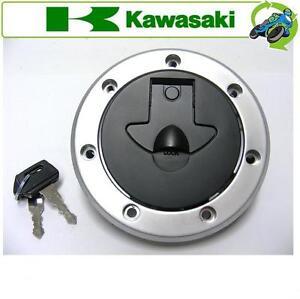 NEW FUEL PETROL GAS CAP 2x KEYS FITS KAWASAKI MOTORCYCLE ZX1100E2 (GPZ1100S)