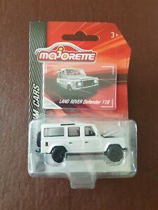 Majorette Premium Cars - Land Rover Defender 110 in Silver - BNIP - Carded.