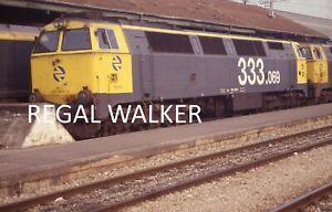 ORIGINAL 35MM RENFE SPAIN SPANISH RAILWAY SLIDE - RENFE CLASS 333 333.069 2000