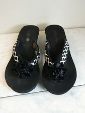 Lindsay Phillips Black/White Rose Switch Flops Wedge Sandals Shoes Women's 10