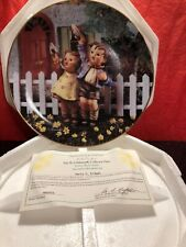 "The Danbury Mint The M. J. Hummel Collector Plate ""Come Back Soon�"